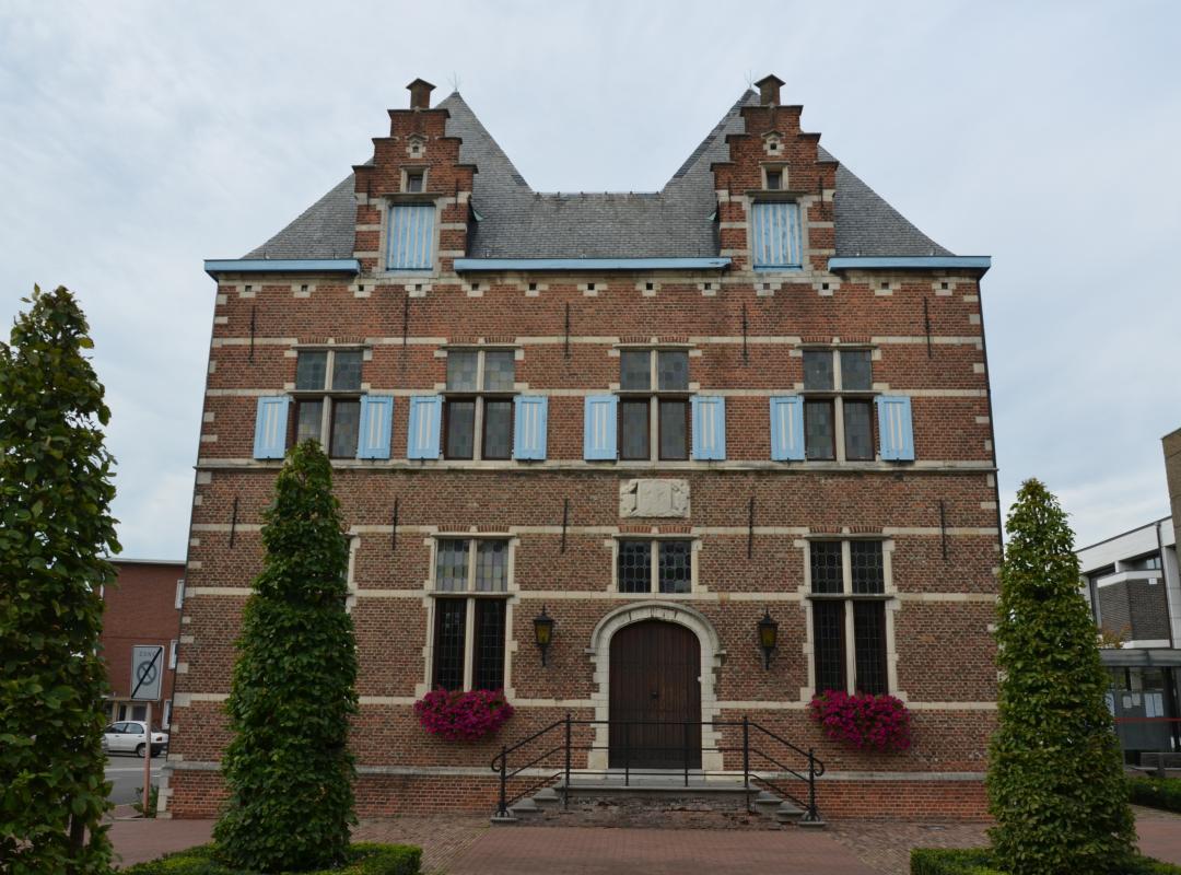 Gemeentehuis in Aartselaar